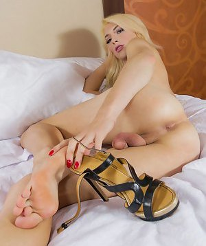 Tranny Foot Fetish Pictures