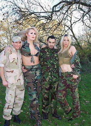 Uniform Pictures